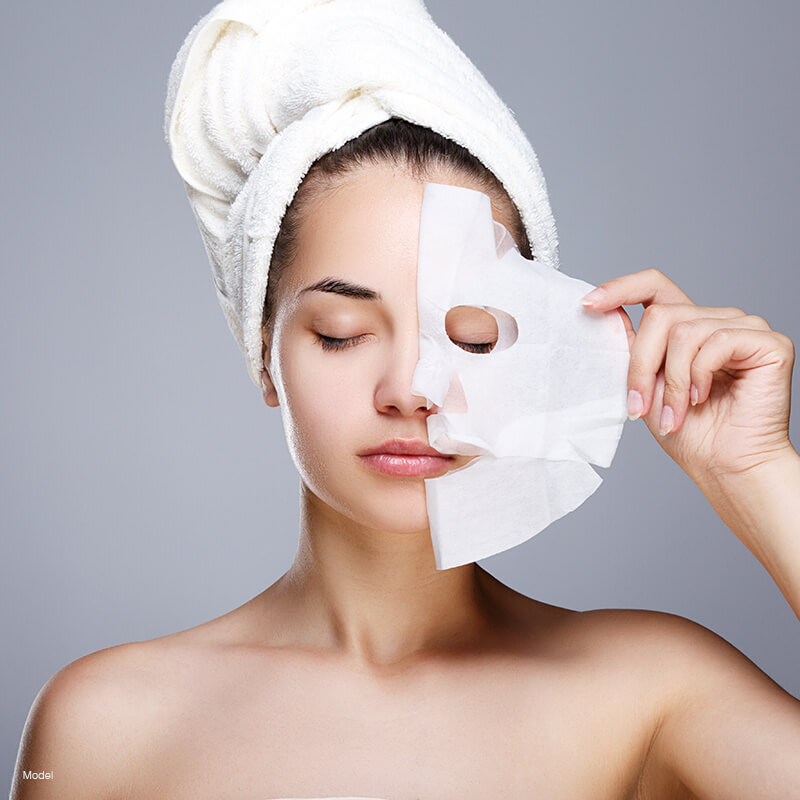 collagen-mask-featured-model